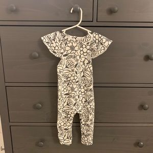 Baby Girl Ruffle Sleeve Bodysuit